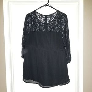 H&M Mama Lace Beaded Maternity Top